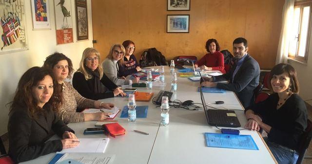 El proyecto Medes de mediación escolar celebra en Sacile la segunda reunión transnacional para exportar el modelo local en Europa